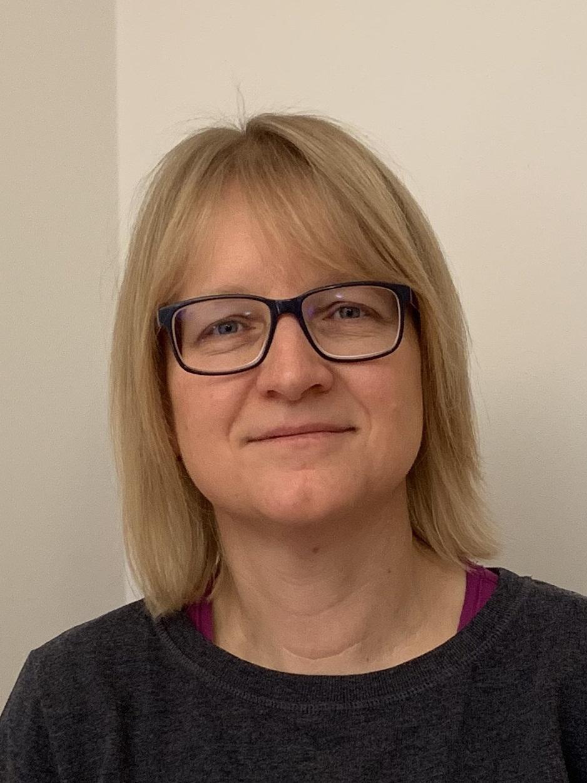 Andrea Hirsch  (Kontakt Gastern)