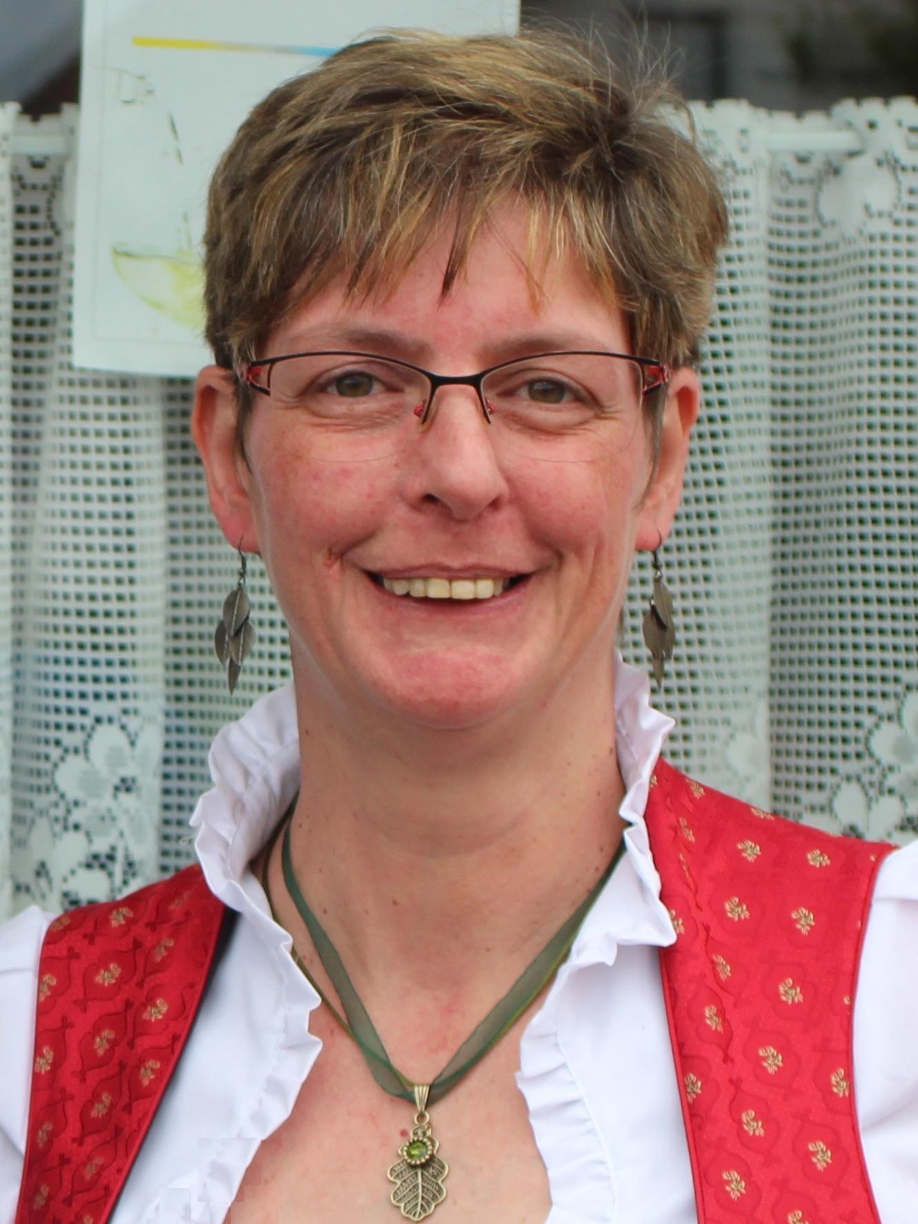 Regina Sinhuber (Kontakt Grafenschlag)